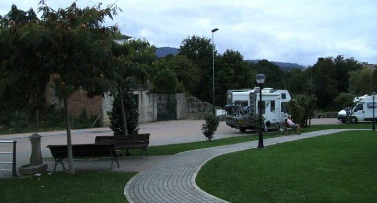 Área autocaravana en Tui «Área de Tui» en, Pontevedra