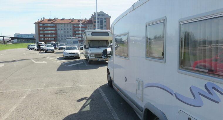 Área autocaravana en Gijón [Av. Portugal] «Parking de la Av. de Portugal» en, Asturias