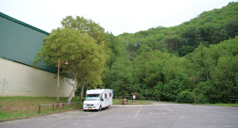 Área autocaravana en Bárzana de Quirós «Area de Bárzana-Quirós» en, Asturias