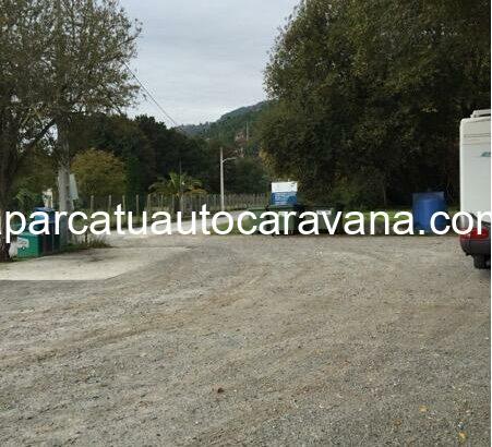 Área autocaravana en Barbantes – Cenlle «Área de Barbantes» en, Ourense