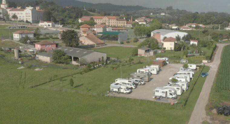 Área autocaravana en Cóbreces «Área de Las Hazas» en, Cantabria