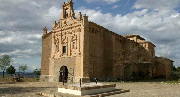 Área autocaravana en Arguedas [Santuario Yugo] «Parking del Santuario de la Virgen del Yugo» en, Navarra