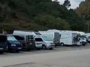 Área autocaravana en Mutriku «Parking de Saturraran» en, Gipuzkoa