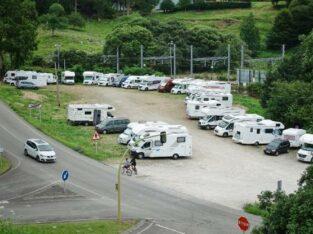 Área autocaravana en Ribadesella «Área de Ribadesella» en, Asturias