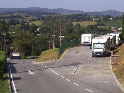 Área autocaravana en Nava «Área de Nava» en, Asturias