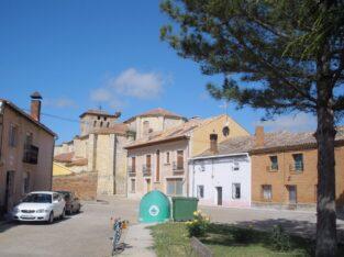 Área autocaravana en Piña de Campos «Parking Acs de Piña de Campos» en, Palencia