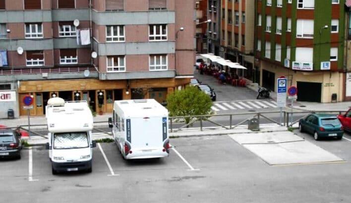Área autocaravana en San Martín del Rey Aurelio «Area del Pozo Entrego» en, Asturias