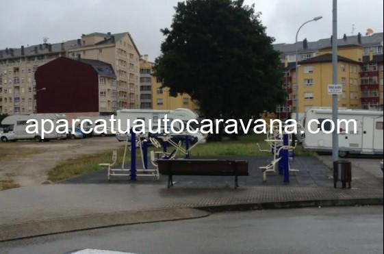 Área autocaravana en Ribadeo «Parking de Ribadeo» en, Lugo