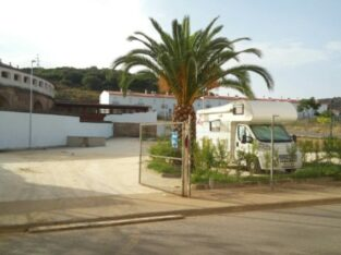 Área autocaravana en Jerez de los Caballeros «Área de Jerez de los Caballeros» en, Badajoz