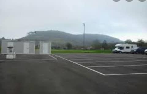 Área autocaravana en Colunga «Área de Los Llanos» en, Asturias