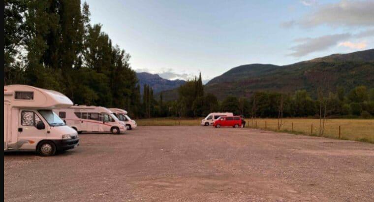 Área autocaravana en Castejón de Sos «Parking de Castejón de Sos» en, Huesca