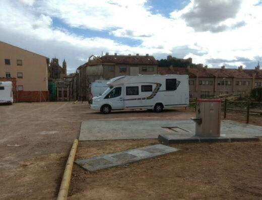 Área autocaravana en Peñarroya de Tastavins «Área de Peñarroya de Tastavins» en, Teruel