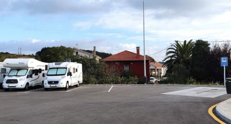 Área autocaravana en Corvera «Área de Corvera» en, Asturias