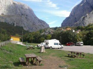 Área autocaravana en Santa Eulalia de Oscos «Área de Santolaya» en, Asturias
