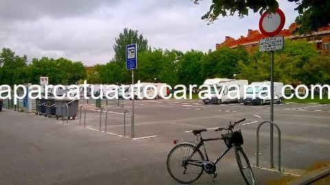 Área autocaravana en Vitoria-Gasteiz «Área de Lakua» en, Álava