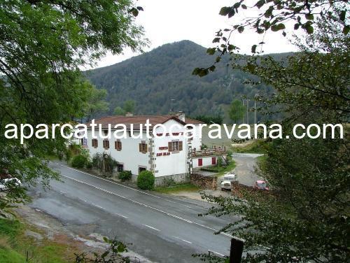 Área autocaravana en Almándoz «Parking Venta de San Blas» en, Navarra