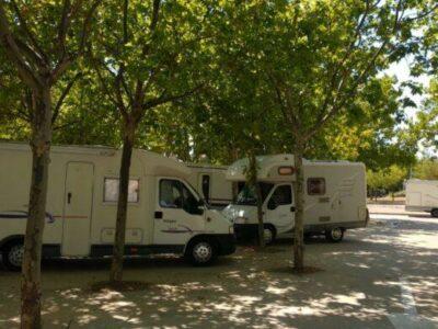 Área autocaravana en El Grado «Área del Molino de Chuaquín» en, Huesca