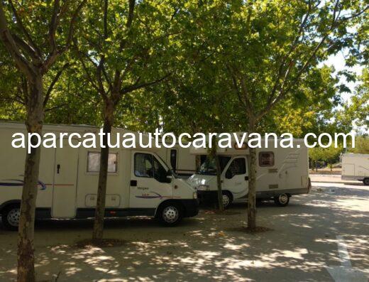 Área autocaravana en Capella «Parking del Área recreativa de Capella» en, Huesca