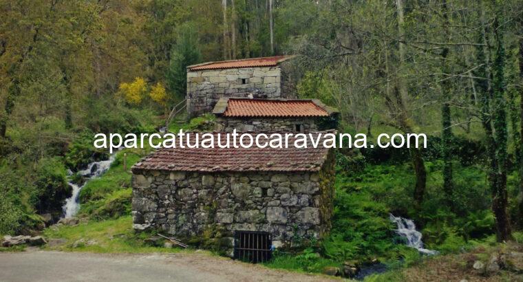 Área autocaravana en Muiños «Área de Mugueimes» en, Ourense