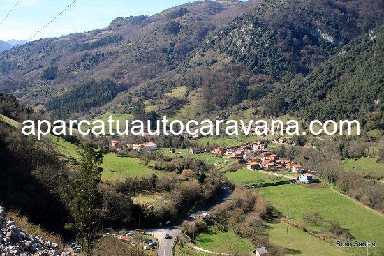 Área autocaravana en Santo Adriano [Las Xanas] «Parking de Las Xanas» en, Asturias