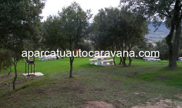 Área autocaravana en Legutiano «Parque de Zabalain» en, Álava