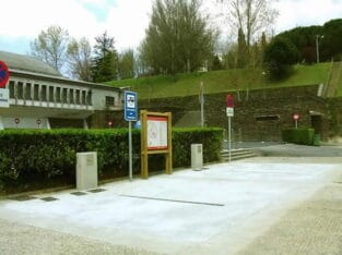 Área autocaravana en Xove [Os Faroles] «Área de Os Faroles» en, Lugo