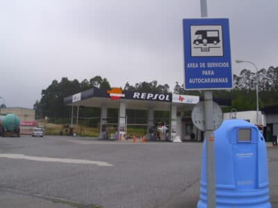 Área autocaravana en Cervo «Área de Cervo – Repsol» en, Lugo